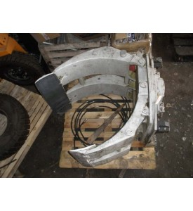 Захват TCM модель PR3A7 сер № 0081 класс плиты 3 грузоподъемность 2000 кг. собственный вес 670 кг. раскрытие 265-1310 мм. поворотный на 360 град